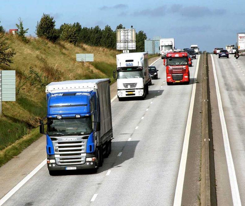 Lastbilar med färdskrivare